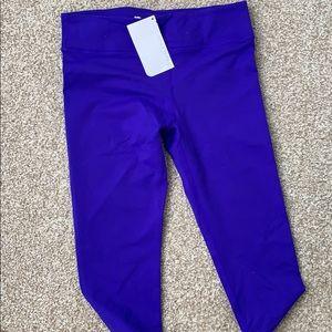 Never worn blueish/purple Capri Fabletics leggings